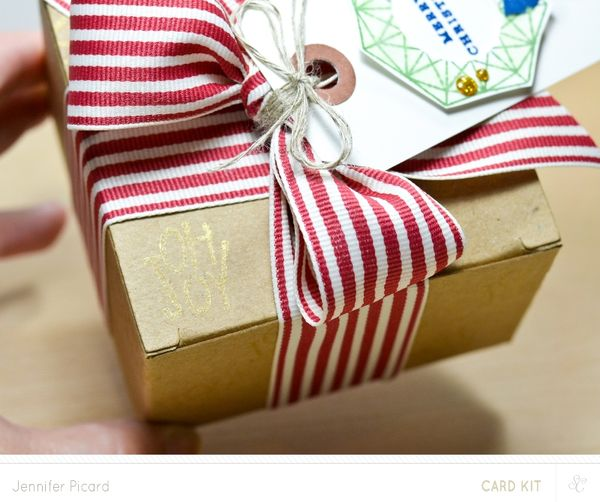 Merry Gift Tag Close up